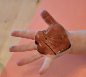 brown-painted-hand